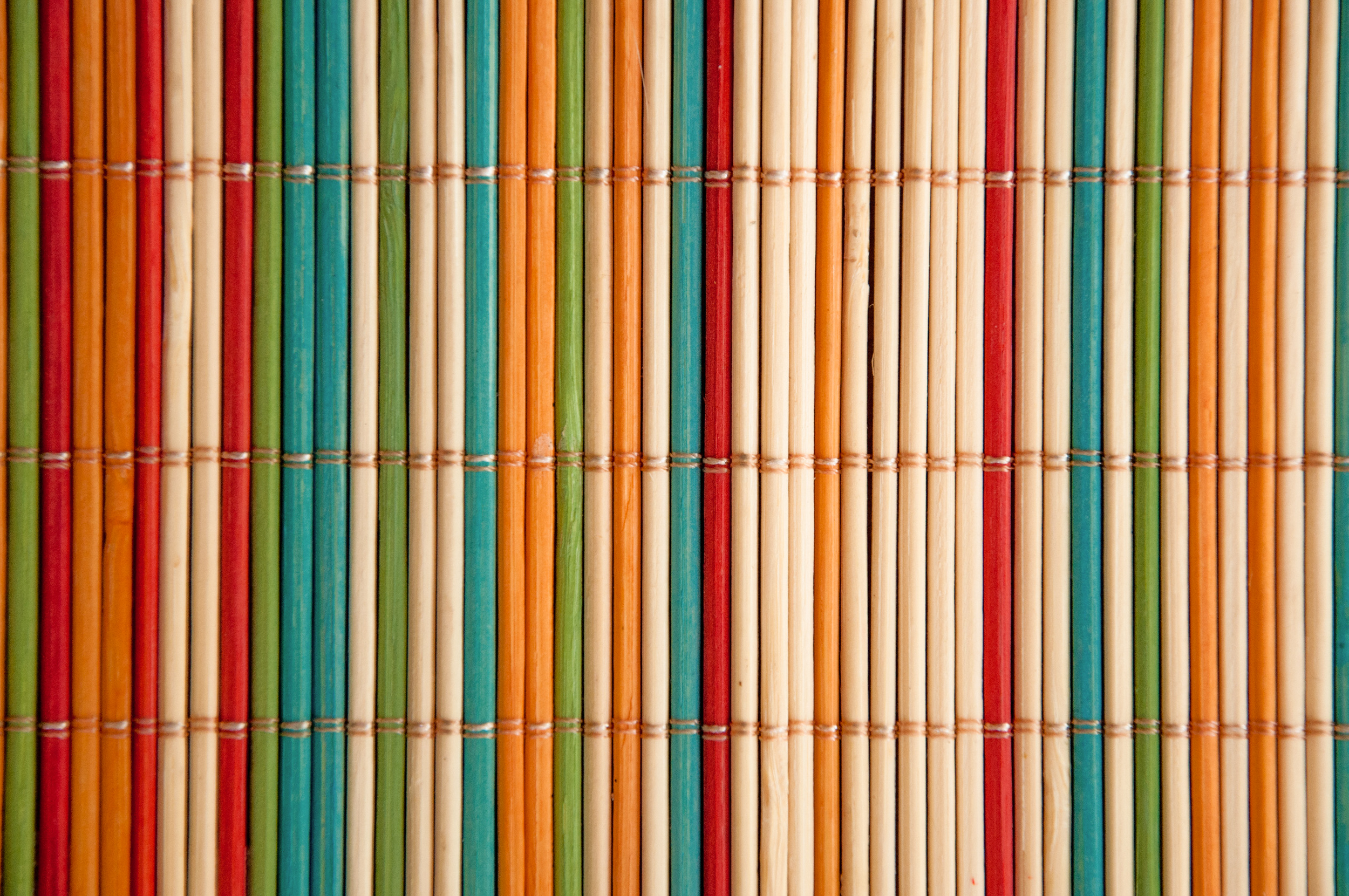 coloured bamboo mat