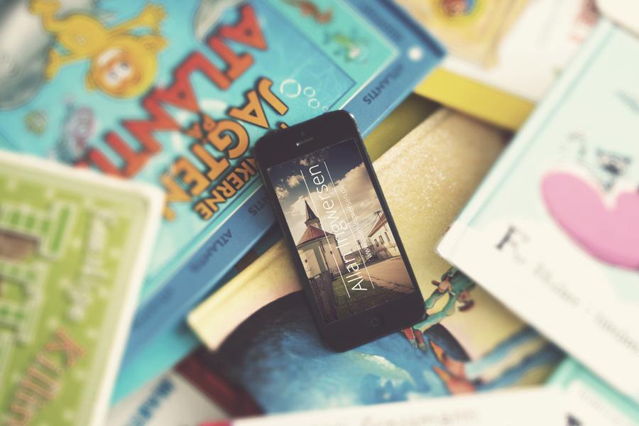 01_iPhone-psd-mock-ups1