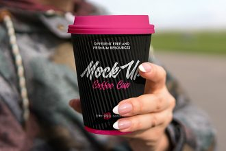 Free Coffee Cup V02 Mock-up in PSD