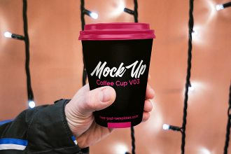 Free Coffee Cup V03 Mock-up in PSD