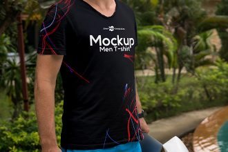 Free Men T-shirt Mock-up in PSD